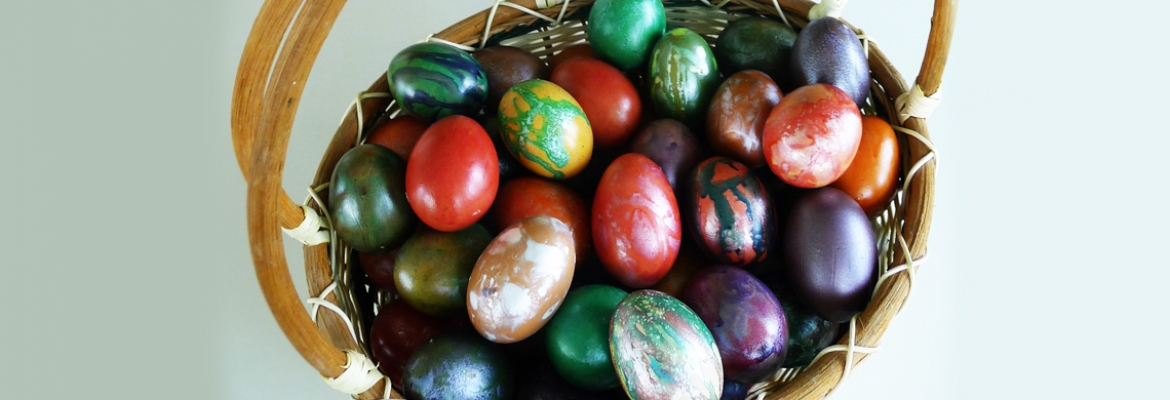 Easter Eggs Dyeing - Questers